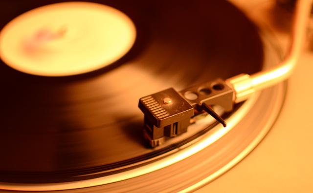 11月3日は今年もレコードの日!アナログレコードの良いところ論